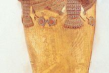 MÚMIA, BEBÁBOZÓDÁS / évezredek mumifikált lényei