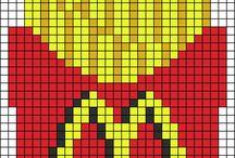 Opskrifter Hama Perler / Kan evt. bruges til motiver på strikketøjet. / De ting kunne jeg godt tænke mig at lave med børnebørnene :)  Billederne ville da også egne sig til strikke og hækling :)