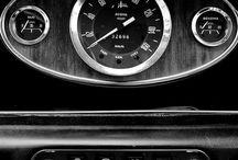 Autók és motorok
