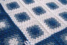 Lacivert beyaz gri mavi yatak örtüsü