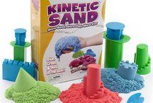 Kinetik Kum / Kinetik Kum deniz kumu ile oynamanın muhteşemliğini evinize kadar getirecek, hem de dağılmadan kirletmeden!