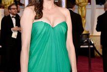 """""""Extra"""" at the 2015 Oscars"""