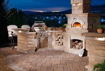 Outdoor Fireplaces & Pizza Ovens / Outdoor Fireplaces & Pizza Ovens