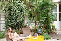 Garden. AROUNDACHAIR