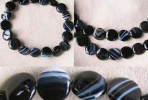Stone Beads > Sardonyx Beads / Natural Sardonyx Beads in a variety of shapes, sizes and colors.