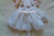 Kézműves baba / Kézzel készült puha játékbabák, természetes anyagokból.Puhatestű játék babák, alváshoz-játszáshoz, öltöztethető babák lányoknak babaruhákkal. Egyedi ajándék szülinapra, keresztelőre, karácsonyra .