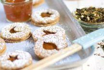 Backen│Plätzchen zum Verlieben / Zusammen mit dem Foodblog Lykkelig hat LAVIVA mit Marmelade und Co. experimentiert. Herausgekommen sind leckere Plätzchen für jede Jahreszeit.
