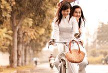 """Douceur de vivre / """" La bonne humeur est le Paradis dont chacun dispose et qu'il peut distribuer à l'entour à l'infini. """"  - Marcel Jouhandeau-"""
