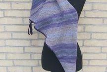 Sjaler- shawl / udviklet mine egne design´s. Her i et udsøgt udvalg af lækre sager i kvalitets garner, og jeg udvikler løbene mine ide´er af skønne modeller, nyd rundturen her med mine sjaler www.akitadesign.dk