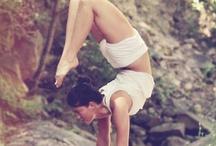 Strike a (yoga) pose / Yoga <3