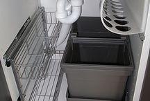 ordine sotto il lavello cucina