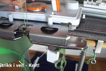 SK280 strikkemaskin/knitting machine HOW TO's / Youtubevideoer som beskriver hvordan ting skal gjøres på en strikkemaskin. Alle disse videoene er demonstrert på en SK280, men mange av teknikkene kan brukes på andre maskintyper også.  Instructions in different techniques on the knitting machine. The instructions is shown on a Silver Reed SK280, but many of the techniques can also be used on other knitting machines