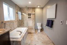 CONTEMPORARY SERENITY / Melt away the stress of the day in these tranquil bathrooms !