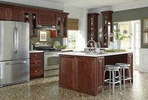 Kitchen Design: Upcycled Decor with B. Jorgsen & Co. St. James Mahogany Kitchen Cabinets / Find a new appreciation for old items with these upcycled décor ideas with B. Jorgsen & Co. St. James Mahogany kitchen cabinets.