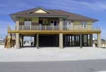 Gulf View Homes / These properties are just steps from the Gulf of Mexico.