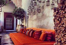 Orange - kolor jesieni / Pomarańcz doskonale ożywi Twoje wnętrze i doda Ci energii na cały dzień :).