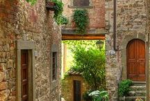 Sights of Tuscany / Beautiful scenes of Tuscany to go with the delicious cuisine.