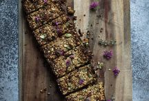 Healthy Snacks / Healthy snack ideas - for busy people who want to stays healthy on the go.