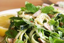 Noodles, zoodles and other vegetable spirals / Raw, vegan & nourishing noodle recipes of all sorts.