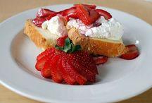 Fragole / mi fruta preferida, esquisita, muchos modos de comerla, golosisima con chocolate y panna montada! :p