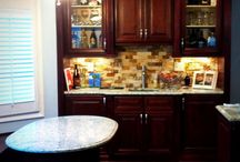 Wet Bar and Kitchen / This kitchen remodel comes complete with a beautiful wet bar and breakfast nook!