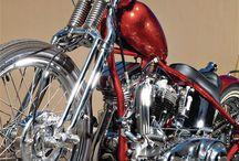 Bikes / by David Schröder