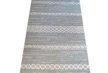 NORNA / Norna är en butik i Gamla Stan, Stockholm, som är helt inriktad på att handväva mattor efter kundens önskemål om storlek, färg & mönster.