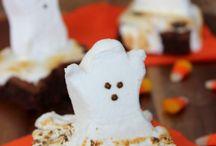 Halloween / by Kristin Kawano
