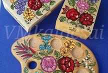 Kalocsai festett /pingált ajándéktárgyak