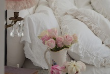 Vintage Romantic / All things vintage,chippy,worn,and feminine. / by Anne whitelacecottage