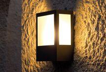 Lámparas de jardín / Greenart, fabricamos todo tipo de lámparas para jardín, farolas, balizas, apliques de pared, plafones, colgantes y sobremuros.
