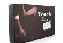 Juegos Eróticos / Los juegos eróticos son la forma más divertida y sensual de descubrir en pareja nuevas sensaciones de placer.  Una manera única de huir de la monotonía.