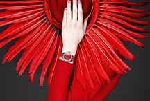 Red / Women's fashion, the colour red