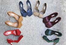 Shoes / by Jasmine Samra