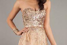 Dresses<3 / by Rachel Norris