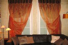 RIDEAUX ET TEXTILES DECO / soieries, taffetas, brodés, lins, voiles, drapés, têtes flamandes, têtes tuyaux d'orgues, embrasses, les rideaux habillent la maison comme une robe de haute couture. Choisir les tissus, définir les confections, créer des pièces toujours uniques, pour apporter la touche finale à la décoration d'un lieu.