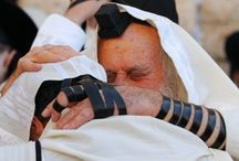 Yom Kippur (The Day of Atonement): The Holiest Day in Judaism / Kippur (Eve of the Day of Atonement), is the perfect fulfillment of the Messianic prophecies that Isaiah 53 speaks of.