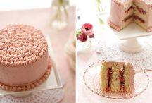 Food - Cakes and Frostings / by UtahJenny