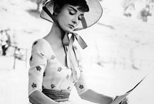 Audrey Hepburn / The way she looks in photographs is an inspiration.