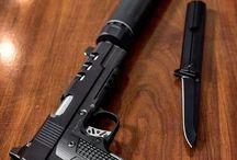 Guns / Paciência eu tenho o que me falta e uma arma e muita munição...