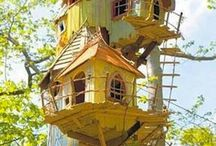 Tree Houses / Houses built in or on trees and club houses