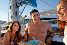 Leopard 46 / Leopard 46 boats outdoor living and entertaining. 4 private double cabins all with ensuite and AC plus many more extras !  Please call us for availability 1800 075 101.  #whitsundays #sailing #luxuryCharter #charterholiday #lovewhitsundays  #ccywhitsundays