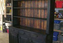 Шкафы и шкафчики
