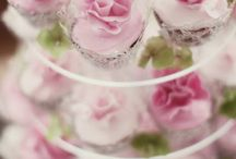 Cupcakes and Petite Fours / by Susan Lewis