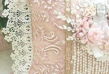 LACE , LINEN , PEARLS