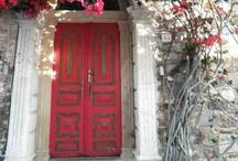 Πόρτες-παράθυρα-μπαλκόνια της Ελλαδας
