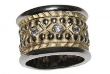 Jewerly: Wedding Rings