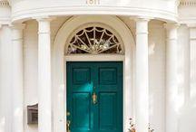 Inviting DOORS / Doors that wellcomes you