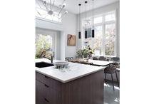 kitchens / by Scarlett Manning