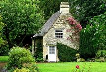 Cottages/Tiny Houses